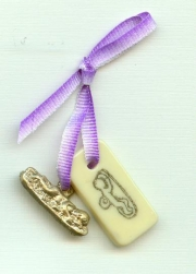 Embryo milagro talisman to support pregnancy and birth