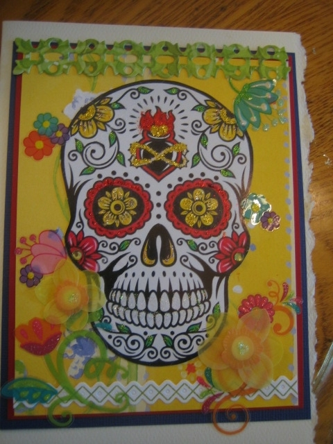Skull with flame, yellow